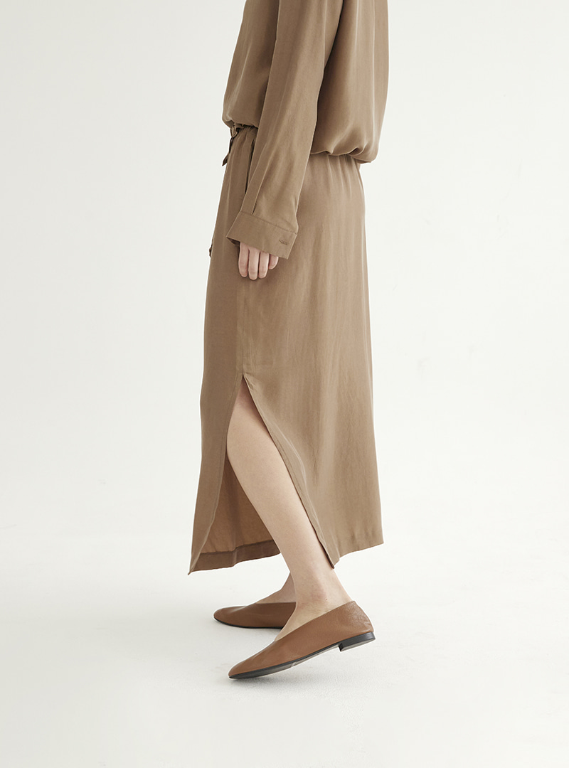 Long Slit Skirt Brown